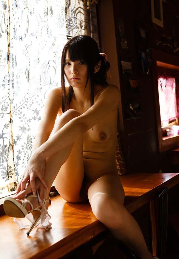 【ヌードエロ画像】引退発表されたAV女優みほののエロ画像!心のオアシスがここに!(54枚) 39