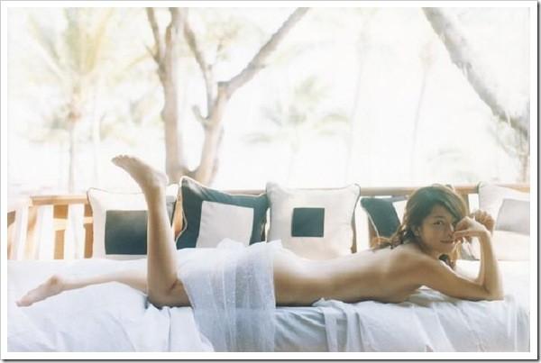 【グラビアエロ画像】吉岡美穂の懐かしきセクシー姿はいつ見てもメチャシコw(50枚) 16