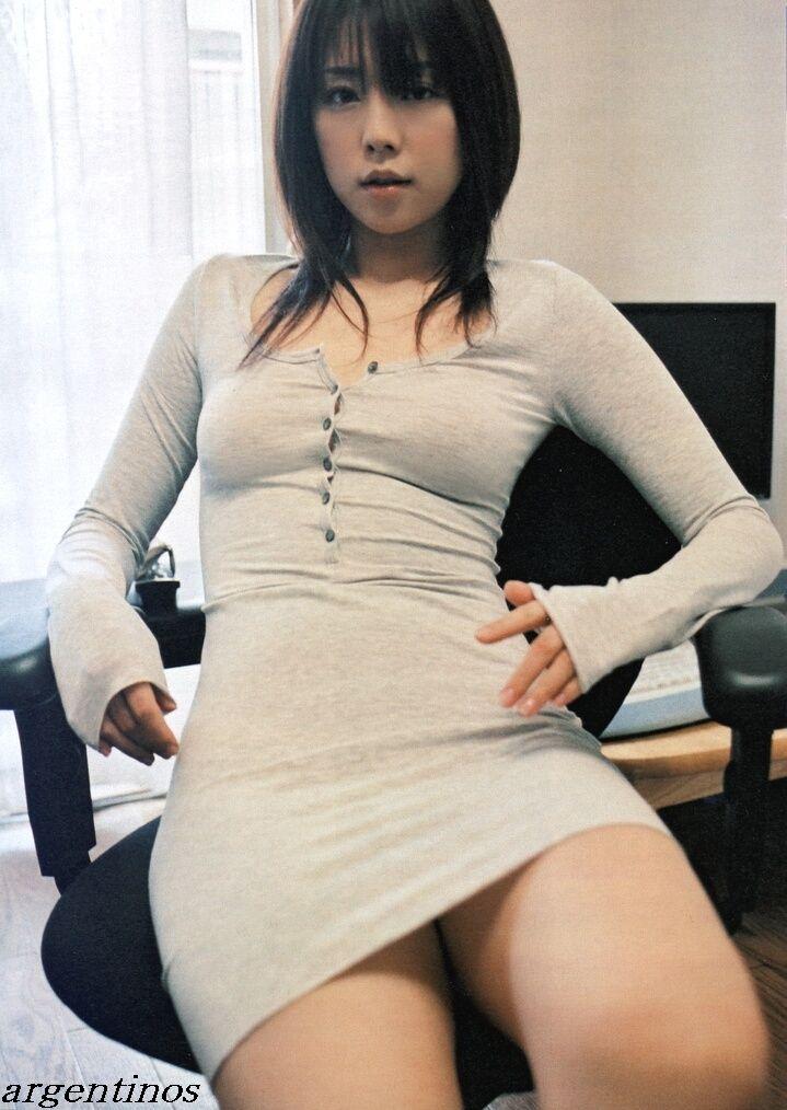 【グラビアエロ画像】吉岡美穂の懐かしきセクシー姿はいつ見てもメチャシコw(50枚) 34