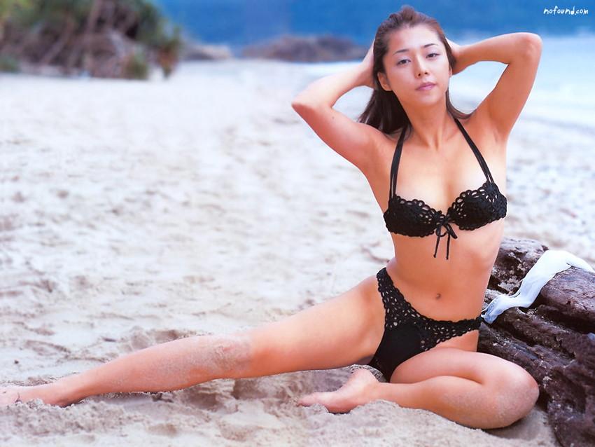 【グラビアエロ画像】吉岡美穂の懐かしきセクシー姿はいつ見てもメチャシコw(50枚) 38