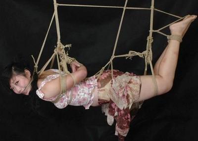【※こマ?】SM界 「吊るし」 を出来る様になって一人前という風潮wwwwwwwwwwwwwww(画像あり)