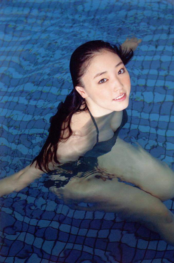 【グラビアエロ画像】モーニング娘。譜久村聖のセクシー姿!巨乳好き必見!(50枚) 12