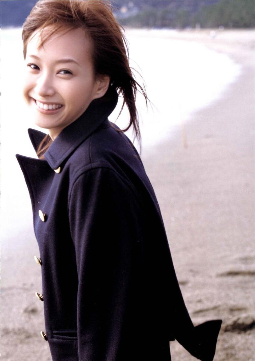 【グラビアエロ画像】藤本美貴のカッコかわいいセクシー姿が激エロw(50枚) 18