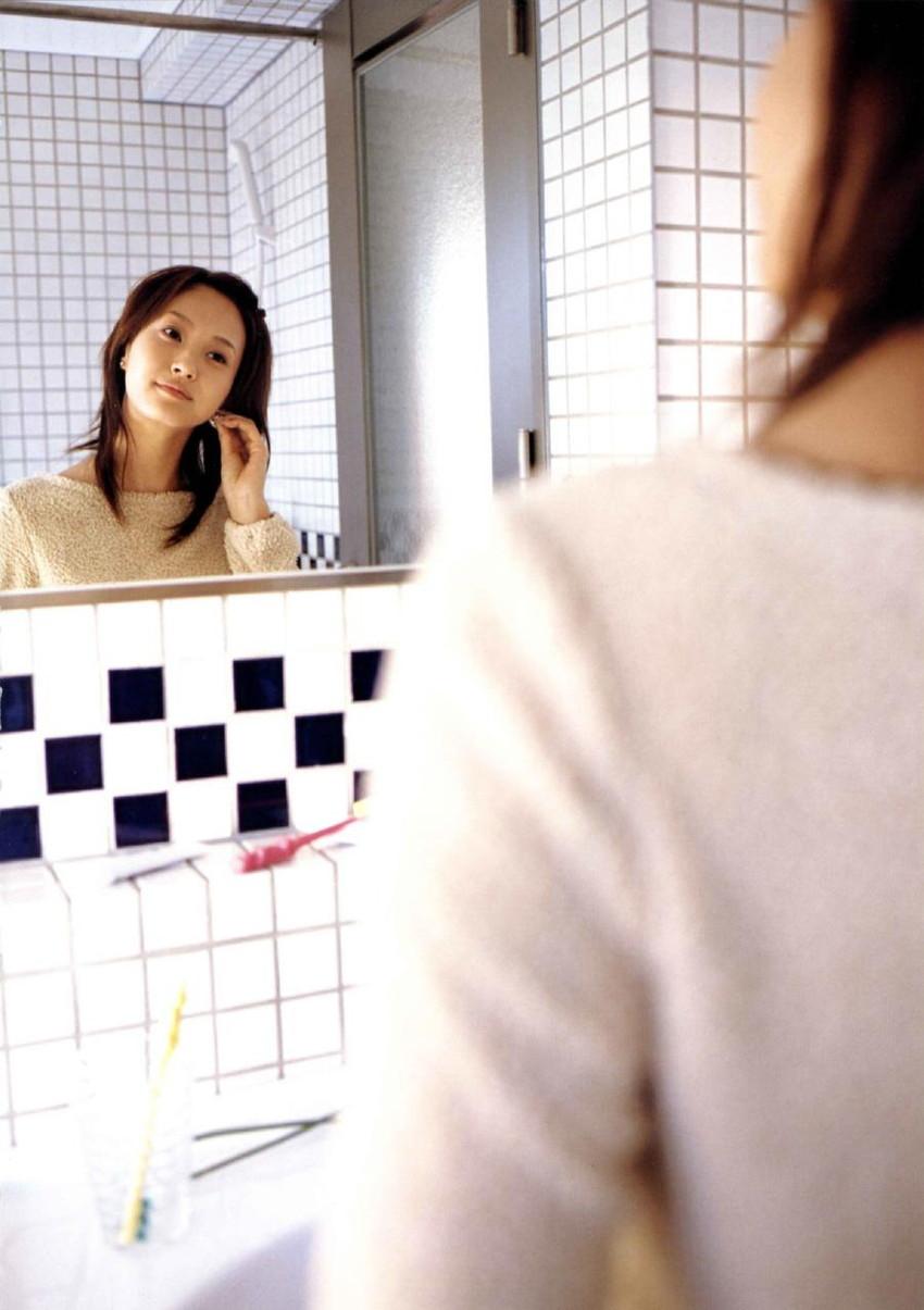 【グラビアエロ画像】藤本美貴のカッコかわいいセクシー姿が激エロw(50枚) 47