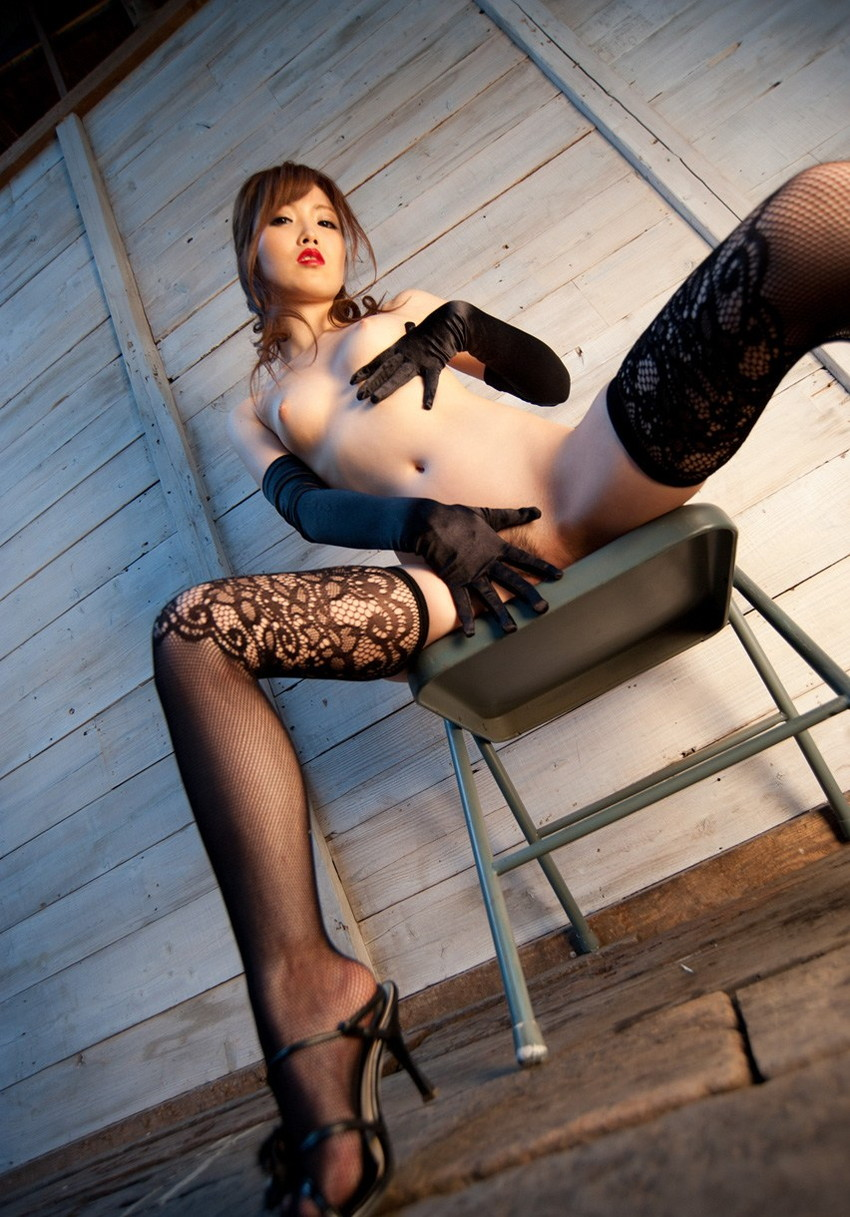 【ヌードエロ画像】加藤リナの美しい色白スレンダーボディがぐうしこw(52枚) 03