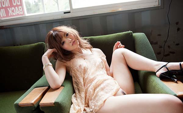 【ヌードエロ画像】加藤リナの美しい色白スレンダーボディがぐうしこw(52枚) 05