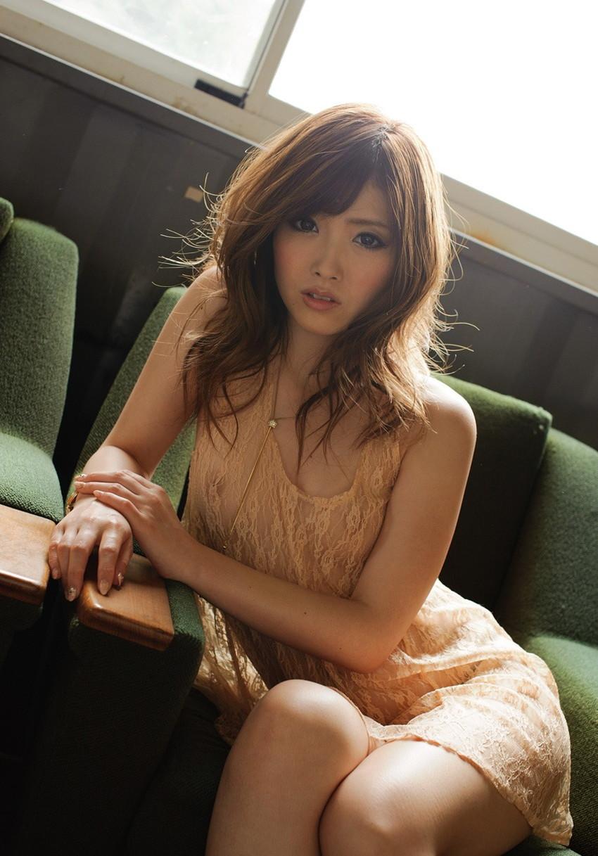 【ヌードエロ画像】加藤リナの美しい色白スレンダーボディがぐうしこw(52枚) 08