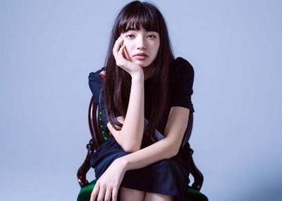ハーフっぽいけど純日本人で独特の雰囲気がある小松菜奈がエロ可愛いwww