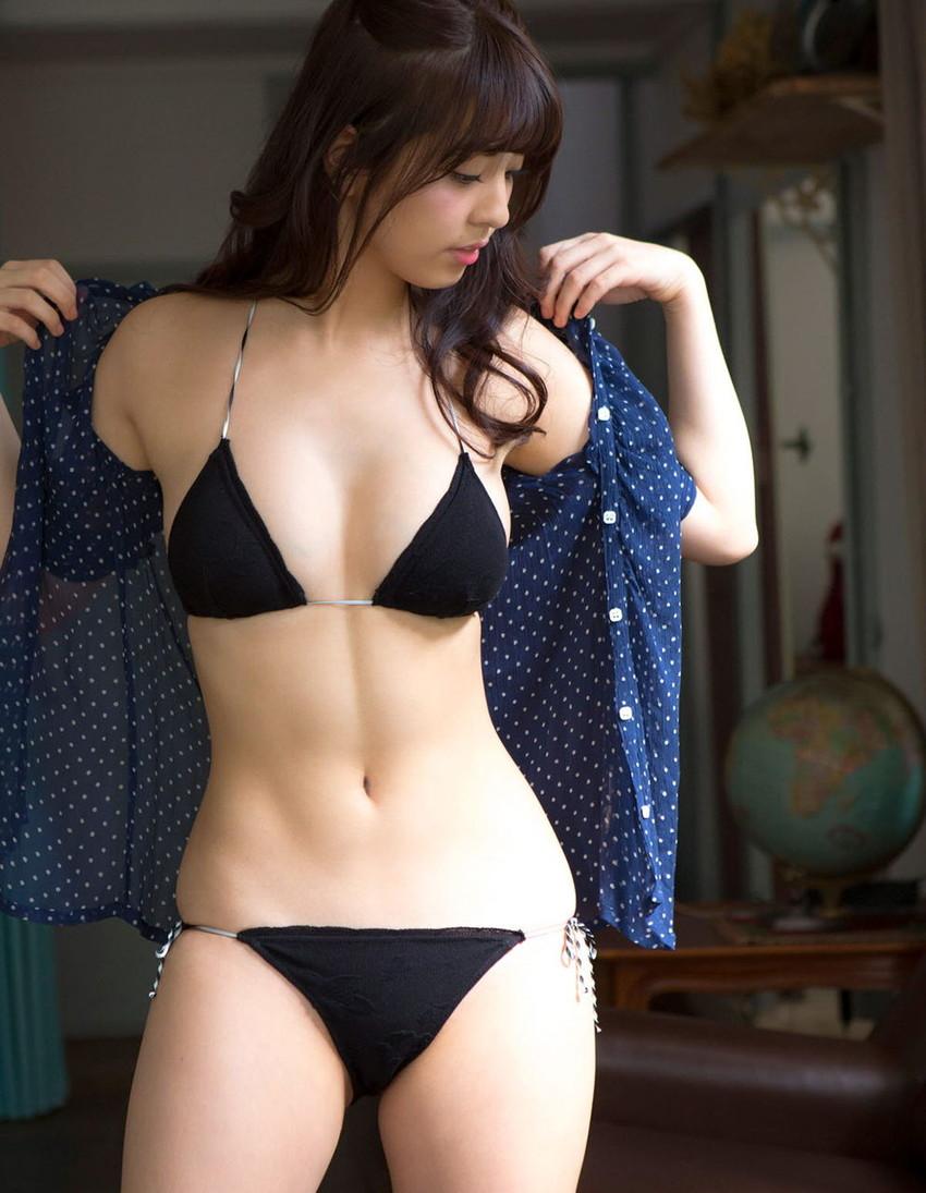 【グラビアエロ画像】ビキニの女神降臨!柳ゆり菜のセクシー画像!(54枚) 24