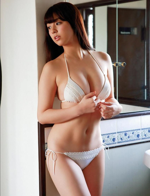 【グラビアエロ画像】ビキニの女神降臨!柳ゆり菜のセクシー画像!(54枚) 46