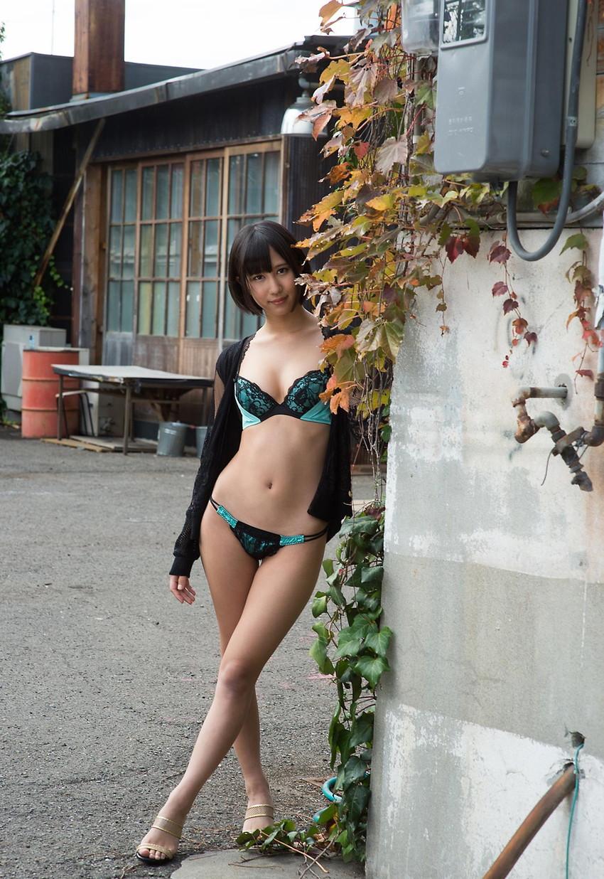 【ヌードエロ画像】輝くAV女優!湊莉久のエロキュートなセックス画像!(52枚) 32