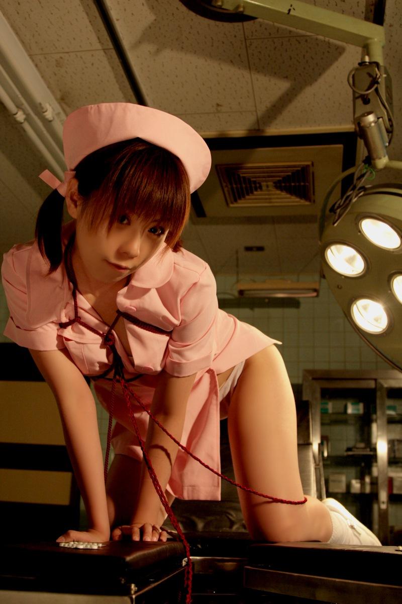 【仮装エロ画像】性的ロールプレイが捗りそうな過激コスプレ姿w(50枚) 35