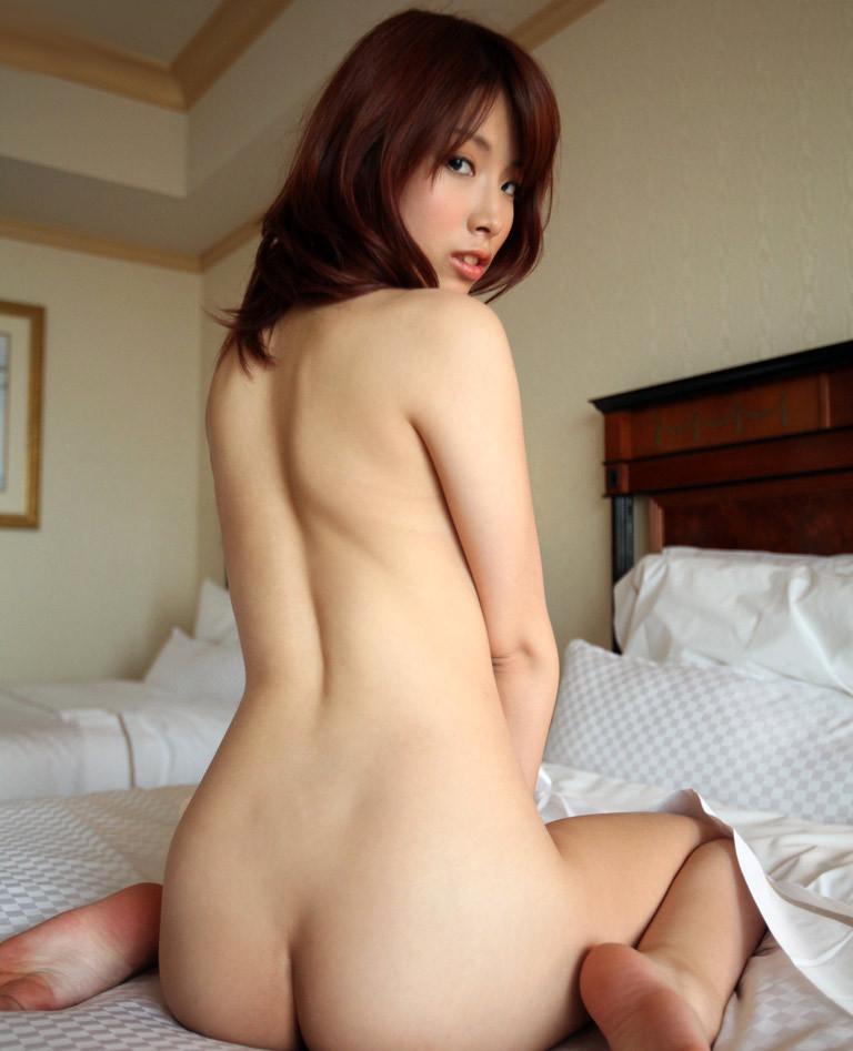 【ヌードエロ画像】牡丹のように美しい座っている女の子たちのエロ画像w(55枚) 05