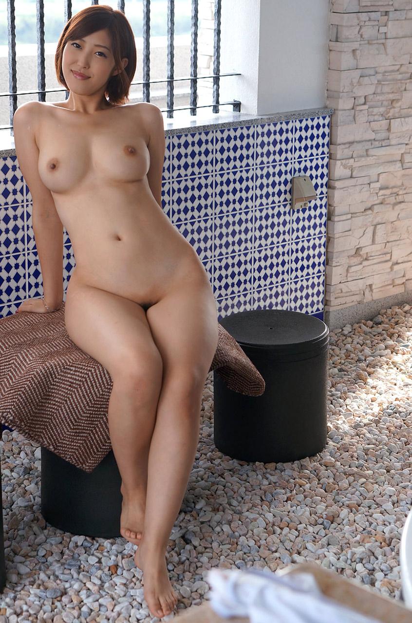 【ヌードエロ画像】牡丹のように美しい座っている女の子たちのエロ画像w(55枚) 43