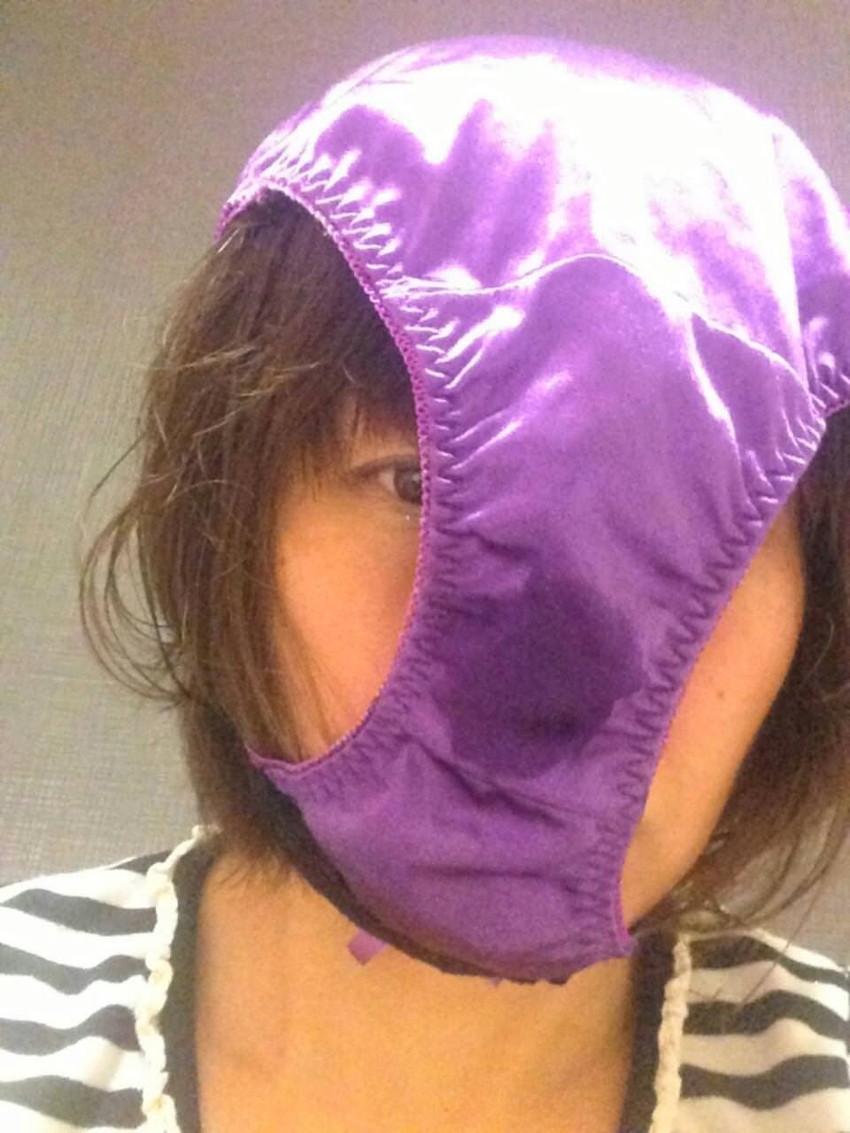 【素人エロ画像】気分はエクスタシー!!パンツを被った娘たちがHENTAIすぎるw(50枚) 41