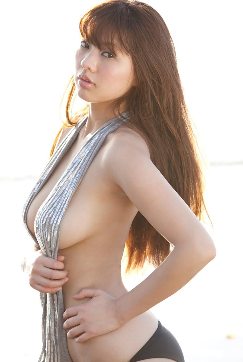 【半裸エロ画像】松本さゆきの過激なセミヌード・下着姿がぐう抜けるww(52枚) 03