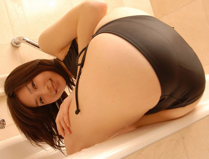 【下着エロ画像】フルバックパンティを履いた美女がエロすぎてフル勃起必至w(50枚) 46