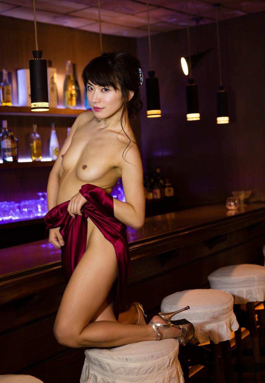 【ヌードエロ画像】№1オナニストとして名高い香西咲のセックスエロ画像!(50枚) 09