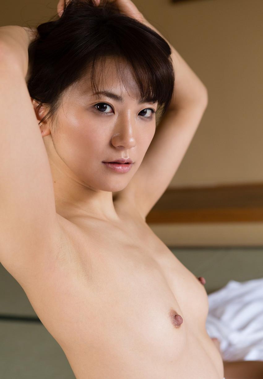 【ヌードエロ画像】№1オナニストとして名高い香西咲のセックスエロ画像!(50枚) 18