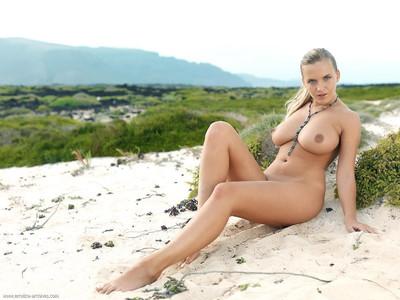 【外国人エロ画像】ナイスバディな美女のメチャシコ画像wwww(50枚) 26