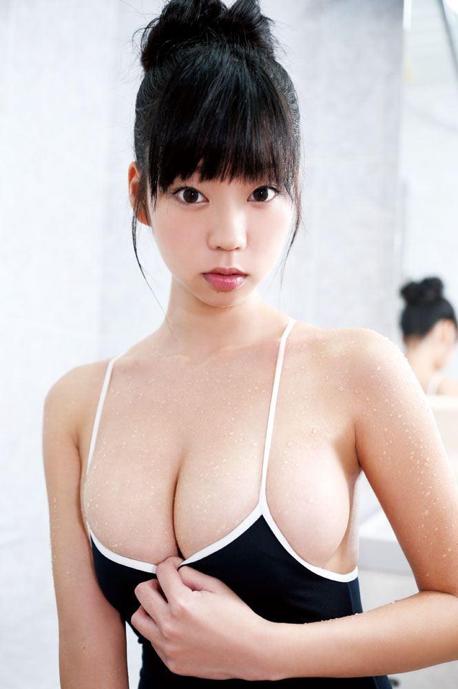 【グラビアエロ画像】鎖骨が美しい青山ひかるの爆乳セクシー画像!(50枚) 04