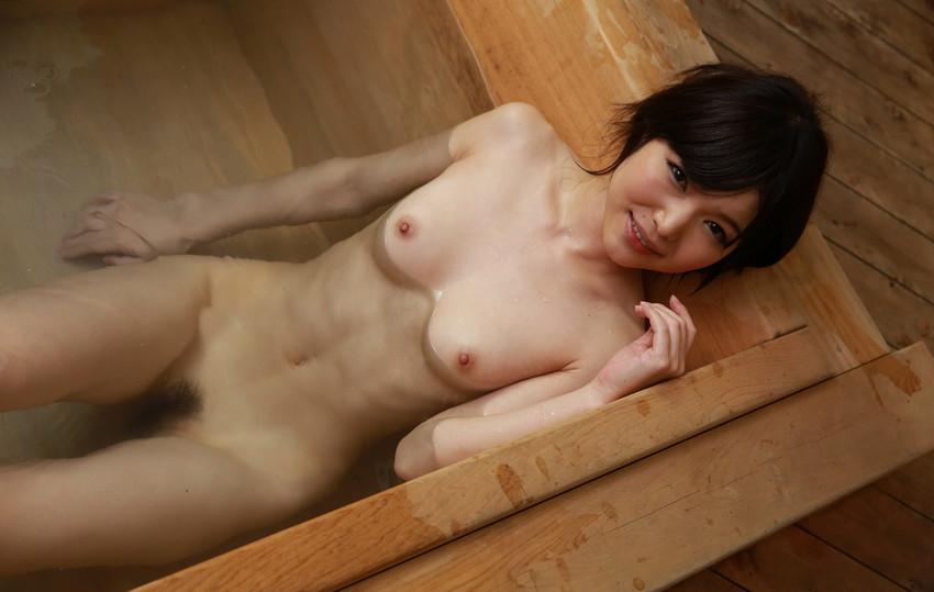 【ヌードエロ画像】清楚な碧しのが細身の身体を淫らにさらすセックスエロ姿!(50枚) 02