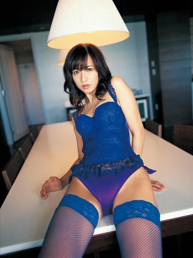 【青下着エロ画像】美女のセクシー下着姿w青い輝きが神々しいwwww(50枚) 30