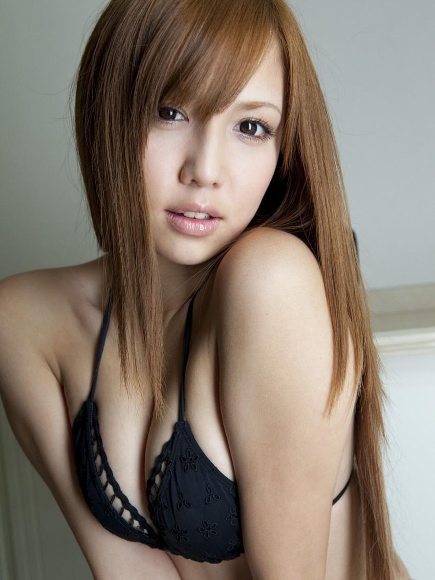 【グラビアエロ画像】丸高愛実の谷間に興奮できるセクシー画像wwww(50枚) 18