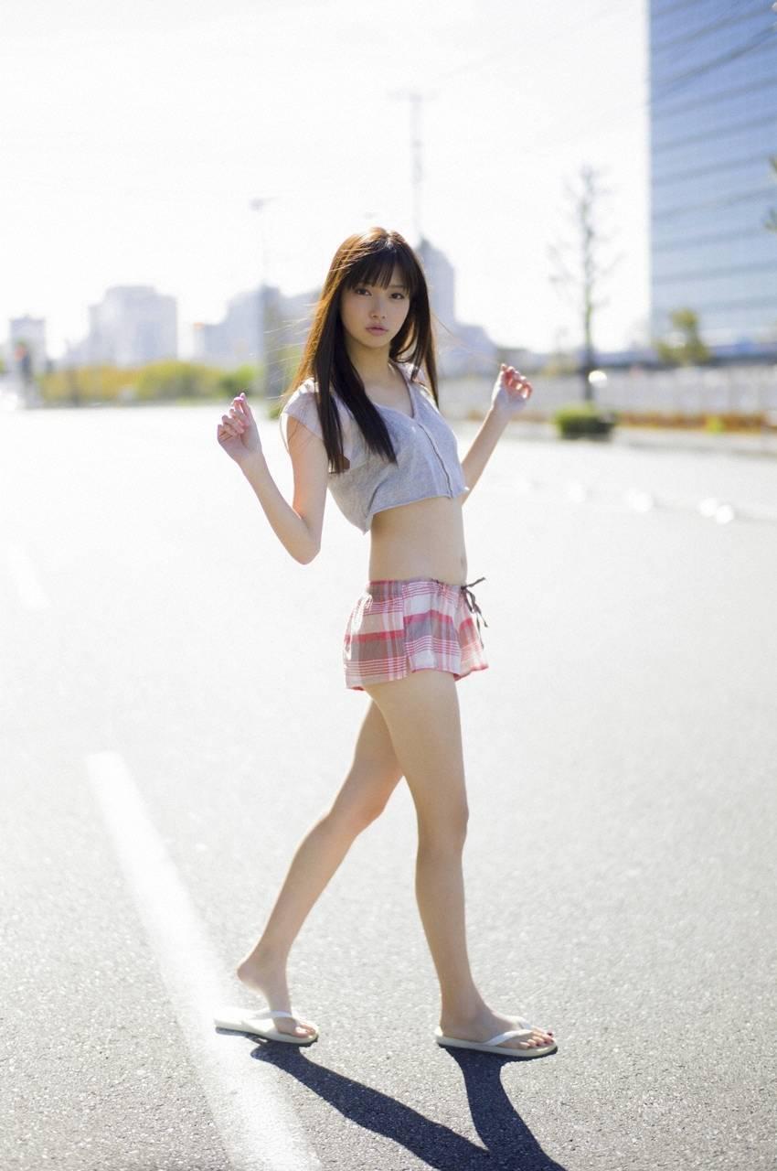 【グラビアエロ画像】可愛すぎる新川優愛のセクシー画像!(50枚) 41