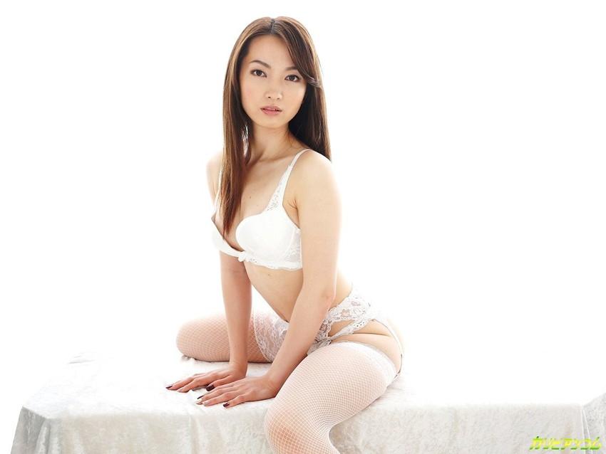 【色白美人エロ画像】葉山瞳のセックス姿が即ハボ必至のエロさwwww(50枚) 04