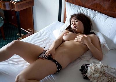 【ヌードエロ画像】葵ぶるまのムッチリ巨乳ボディがエロいw(50枚)