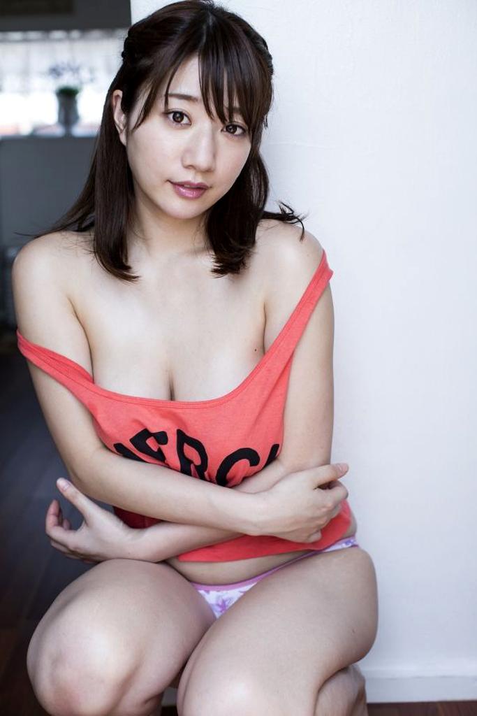 【グラビアエロ画像】ぷる!ぷり!ぷりん!池田愛恵里のマシュマロボディがエロいw(50枚) 21