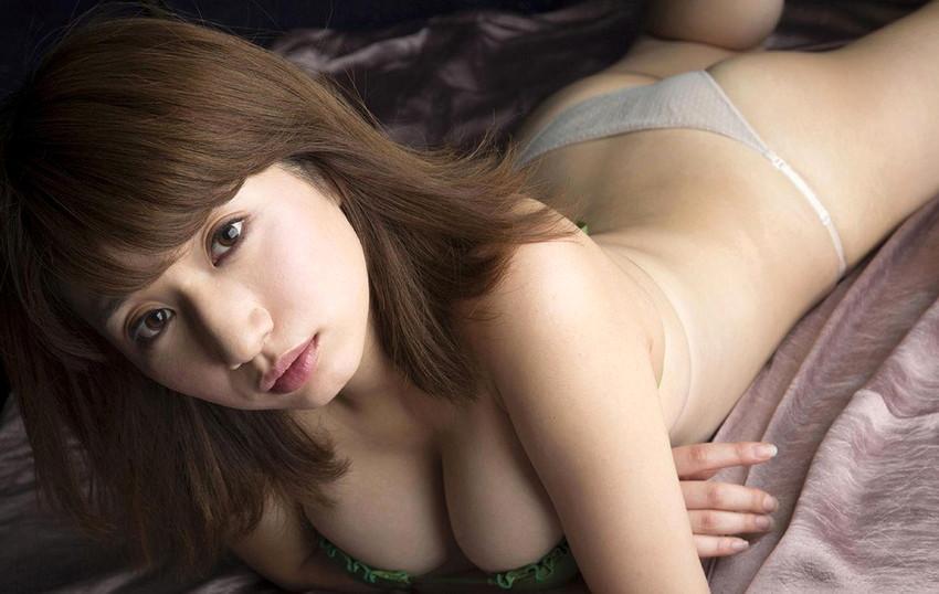 【グラビアエロ画像】ぷる!ぷり!ぷりん!池田愛恵里のマシュマロボディがエロいw(50枚) 46