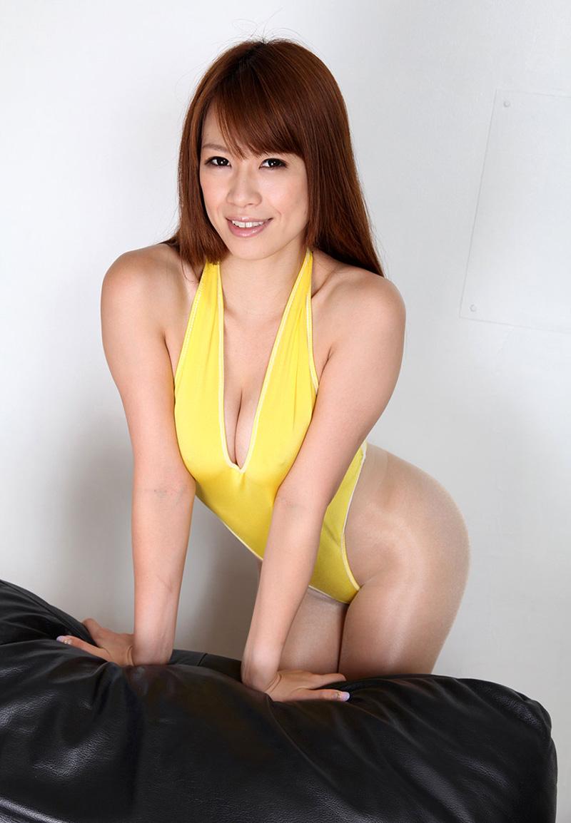 【ヌードエロ画像】エロ可愛いくてオシャレなお姉さま!眞木あずさのセックス画像!(50枚) 05