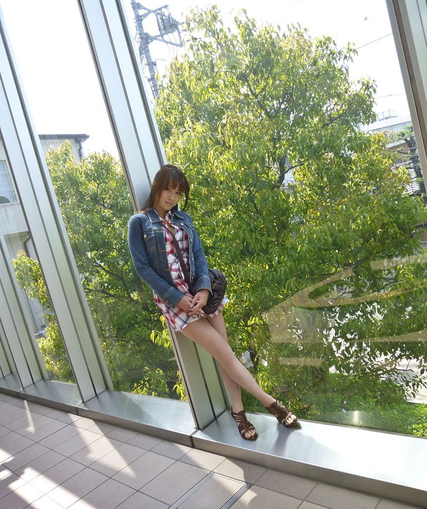【ヌードエロ画像】エロ可愛いくてオシャレなお姉さま!眞木あずさのセックス画像!(50枚) 07