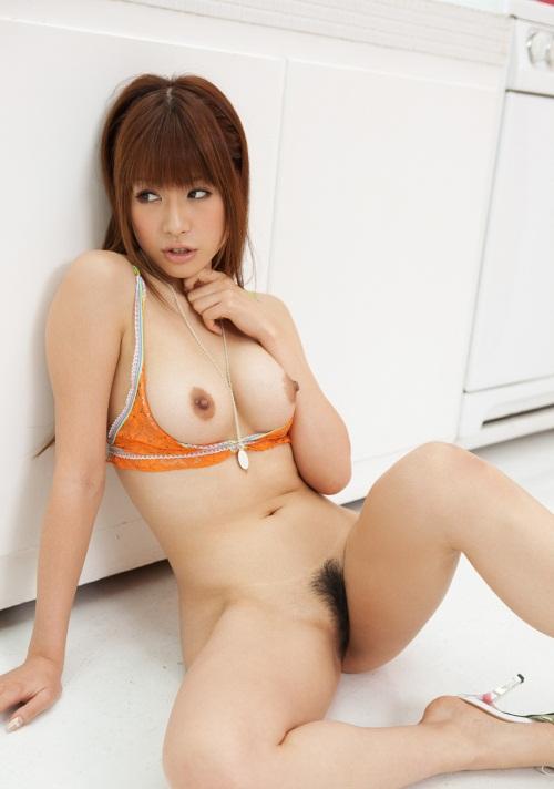 【ヌードエロ画像】エロ可愛いくてオシャレなお姉さま!眞木あずさのセックス画像!(50枚) 30