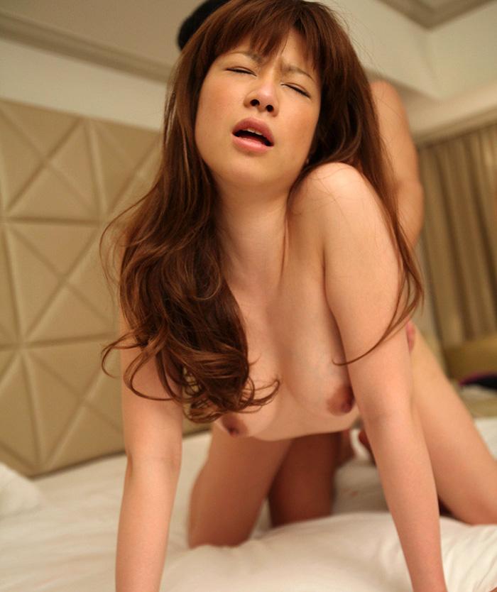 【ヌードエロ画像】エロ可愛いくてオシャレなお姉さま!眞木あずさのセックス画像!(50枚) 50