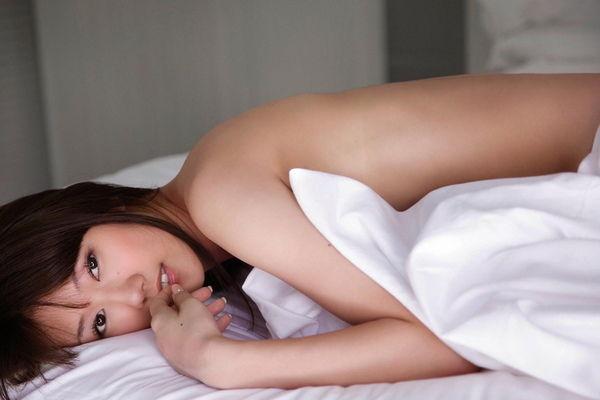【グラビアエロ画像】華子の水着・セミヌード姿がエロ美しいwwww(50枚) 02