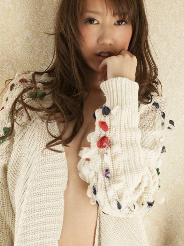 【グラビアエロ画像】華子の水着・セミヌード姿がエロ美しいwwww(50枚) 08