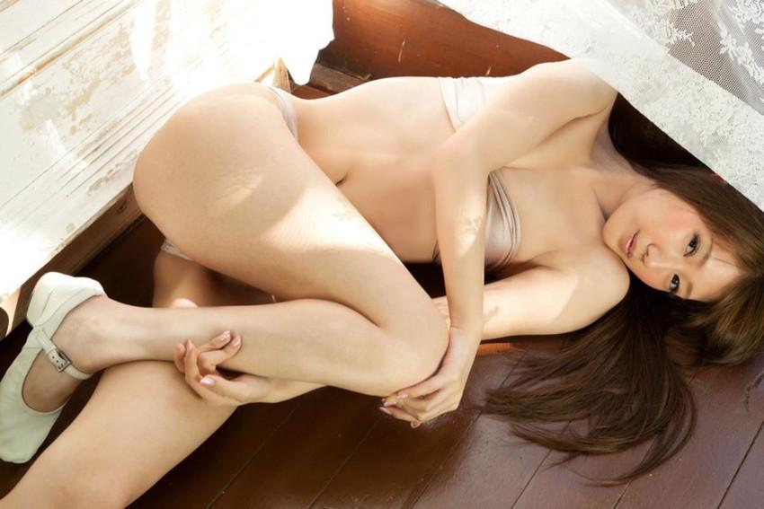 【グラビアエロ画像】華子の水着・セミヌード姿がエロ美しいwwww(50枚) 29