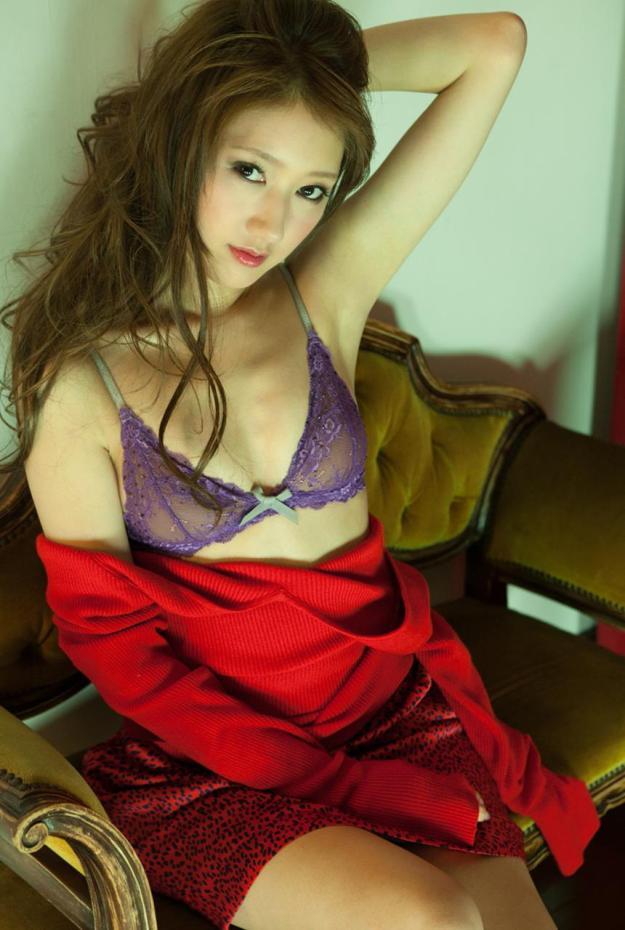 【グラビアエロ画像】華子の水着・セミヌード姿がエロ美しいwwww(50枚) 31