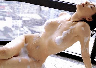 【泡まみれエロ画像】美女のメチャシコな泡ボディをご覧くださいww(50枚)
