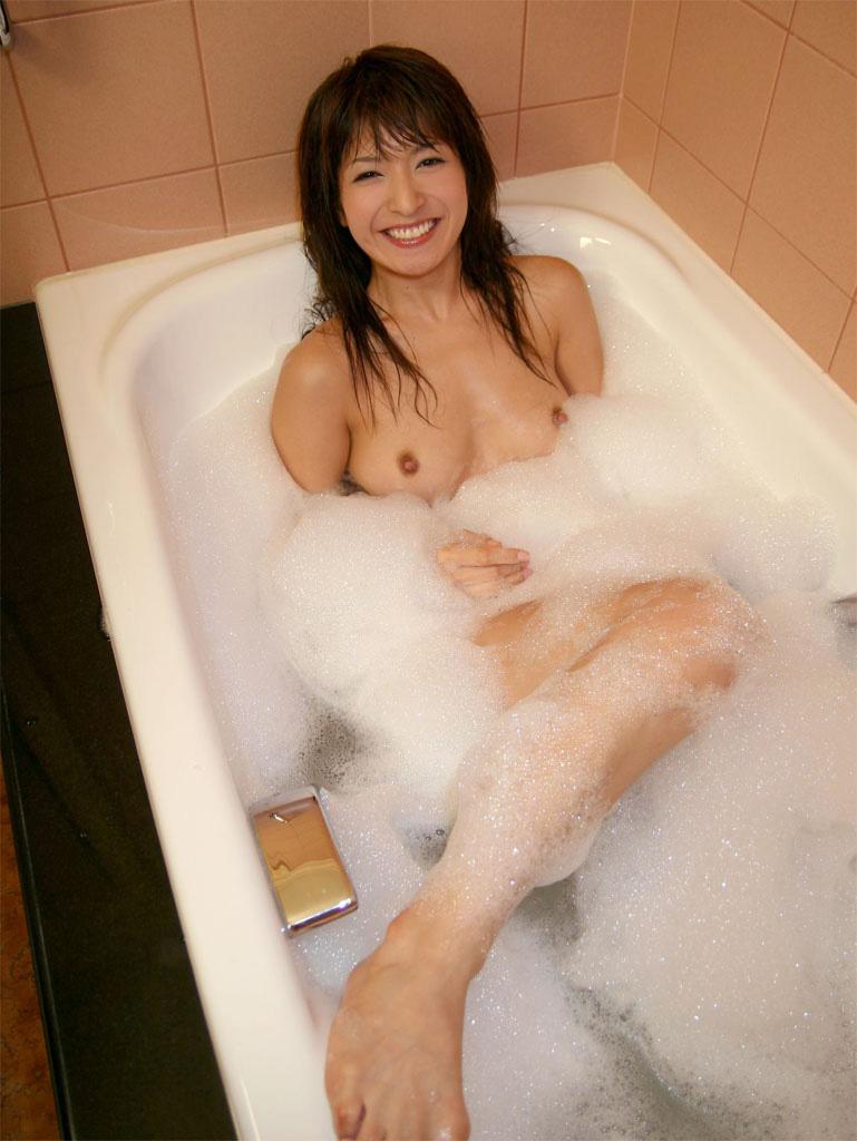 【泡まみれエロ画像】美女のメチャシコな泡ボディをご覧くださいww(50枚) 18