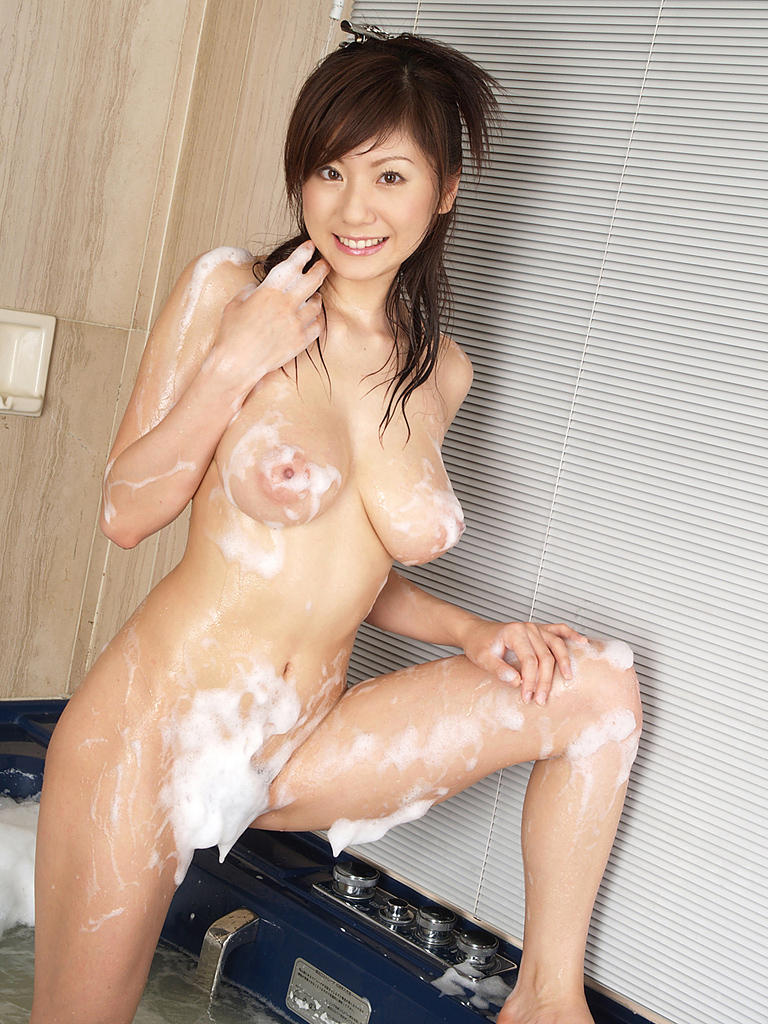 【泡まみれエロ画像】美女のメチャシコな泡ボディをご覧くださいww(50枚) 23