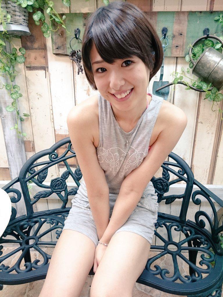 【川上奈々美エロ画像】ハジケル笑顔が可愛らしい!熱血美少女の裸体に股間が熱くなります!(50枚) 03