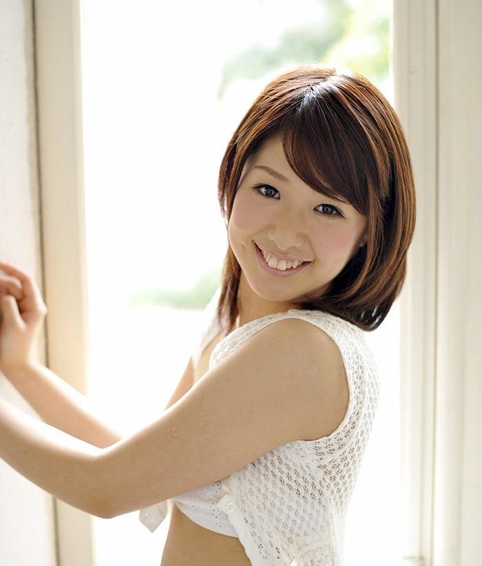 【川上奈々美エロ画像】ハジケル笑顔が可愛らしい!熱血美少女の裸体に股間が熱くなります!(50枚) 25