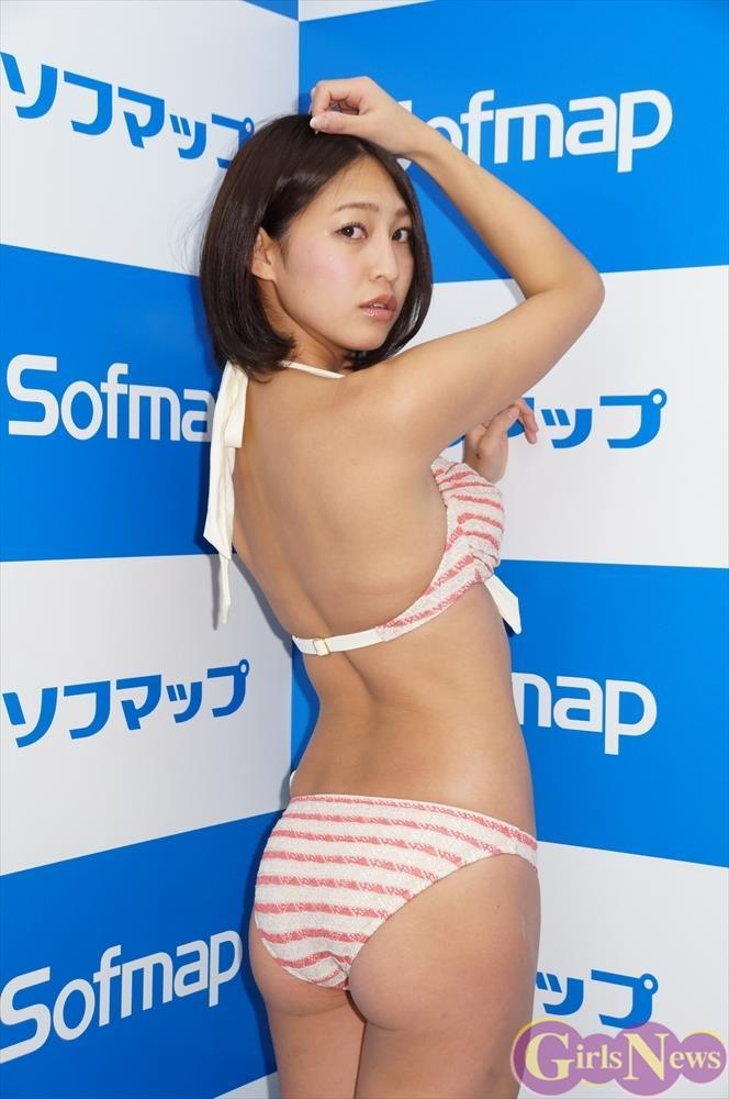 【小柳歩エロ画像】エッチな水着姿や知的な眼鏡スーツ姿がメチャカワw(50枚) 39