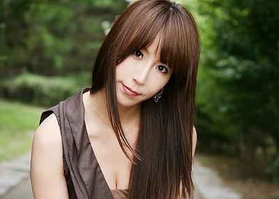 【澤村レイコエロ画像】長い髪が美しい熟女系AV女優のセックス画像!(50枚)