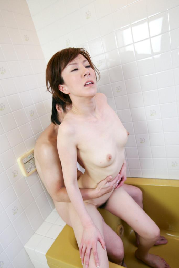 【澤村レイコエロ画像】長い髪が美しい熟女系AV女優のセックス画像!(50枚) 41