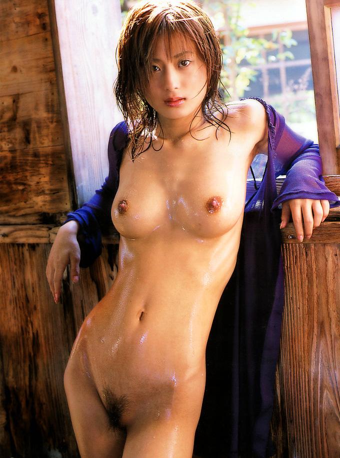 【美竹涼子エロ画像】整った顔立ちやスレンダーボディが美しいヌード画像!(50枚) 11